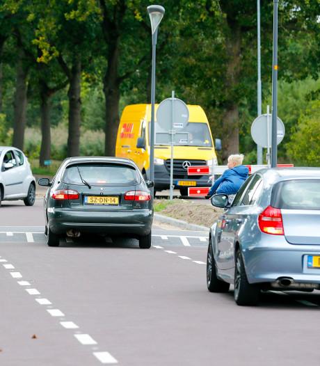 Zorgen om verkeer op weg Moorland in Oirschot: 'Het is hier levensgevaarlijk'