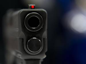 Un policier de Charleroi échange une arme contre de la cocaïne