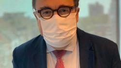 """Burgemeester D'Haese (N-VA) vraagt meer respect voor zorgpersoneel in strijd tegen corona: """"Agressie tegen verpleegkundigen wordt niet getolereerd"""""""