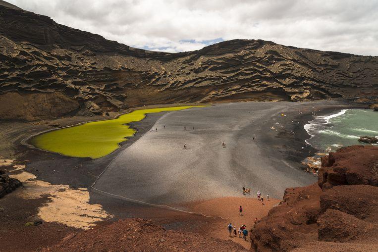 Landschap: Lanzarote. 'Het is een vulkanisch eiland. De kleuren van het land zijn ongelooflijk: rood, bruin, groen, oranje.' Beeld Getty Images