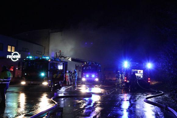 Er was heel wat rookontwikkeling aanwezig door de zware brand.