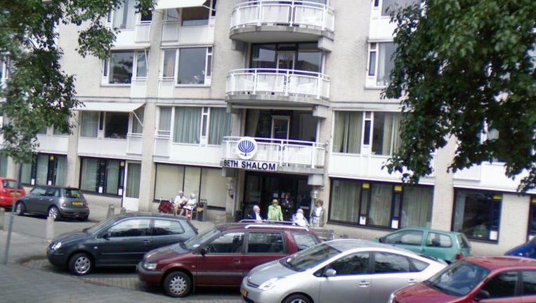 Bejaarden verzorgingstehuis Beth Shalom in Buitenveldert is wederom getroffen door een bacterie.©Street View Beeld