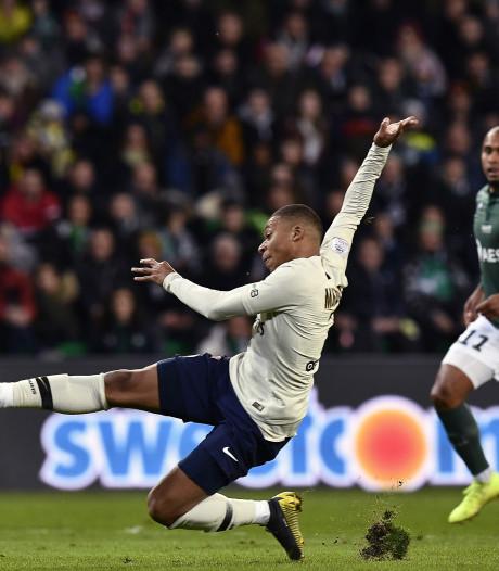 Mbappé bezorgt PSG de zege in Saint-Étienne