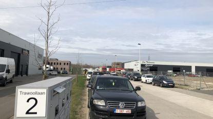 Gemeente pakt toegenomen parkeerdruk Trawoollaan aan