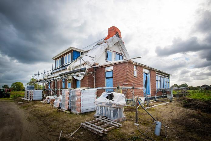 De gemeente wil dat het huis aan de Oudedijk in Uddel wordt afgebroken.