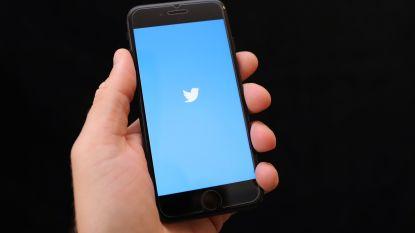 Jonge afvalophaler vindt iPhone tussen vuilnis en verkoopt onbruikbare telefoon verder: 2 maanden cel
