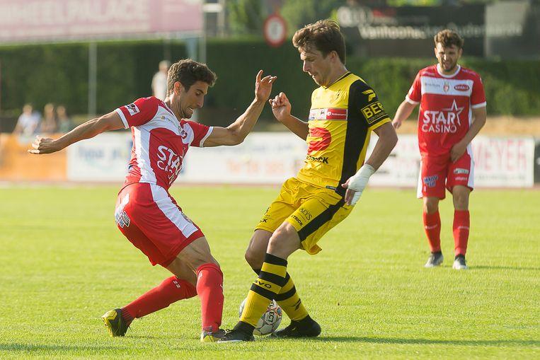 Marko Bakic in actie tijdens een oefenwedstrijd tegen KSV Oudenaarde