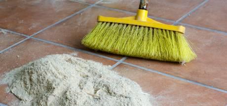 Beroemde meubelmaker veegt vloer aan met bezemverbod: Wat een onzin!