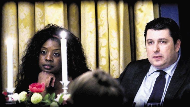 Robert Vuijsje met zijn vriendin Lynn Spier tijdens de bekendmaking van de Libris Literatuurprijs 2009, maandagavond in het Amstel Hotel in Amsterdam. ( FOTO KLAAS JAN VAN DER WEIJ) Beeld Klaas Jan van der Weij