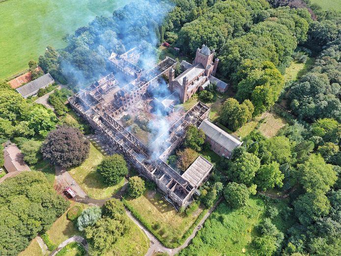 Landgoed Haarendael in Haaren is zwaar geteisterd door de brand van afgelopen weekeinde.