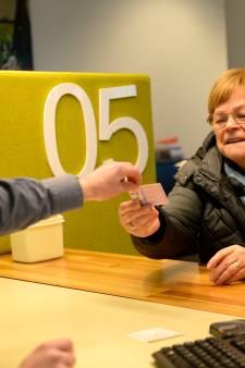 Rijbewijs verlengen duurde 4 maanden, maar Annie (75) uit Beckum mag weer achter het stuur