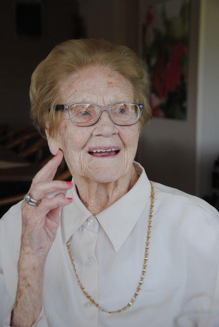 Madeleine Delagaye is een nog kwieke 104-jarige.