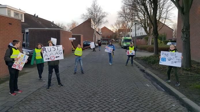 Kinderen van Het Kristal in actie.