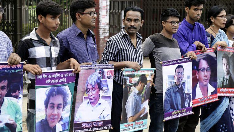 Bloggers en schrijvers in Bangladesh vragen aandacht voor vermoorde collega's. Beeld anp