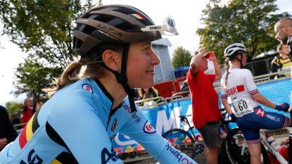 """Topwielrenster Sofie De Vuyst test positief op doping: """"Mijn ergste nachtmerrie"""""""