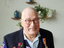Enschedese kinderarts Ad Bosschaart wijdde carrière aan bestrijding kindermishandeling en is nu Officier in de Orde van Oranje Nassau