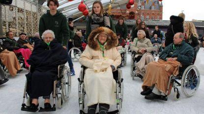Bejaarden wagen zich op het ijs