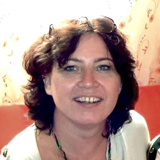 Yvonne Snitjer