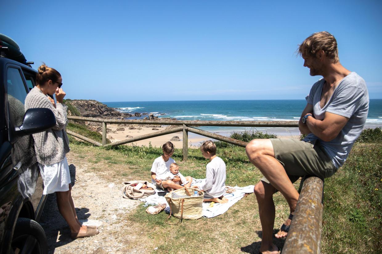 De regering van Galicië heeft het Mariña gebied voor vijf dagen geïsoleerd , nadat er een uitbraak van corona ontdekt was.  Beeld Cesar Dezfuli