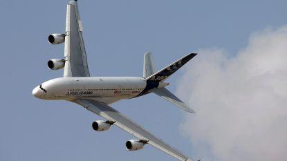 Absolute hoogdag voor spotters: grootste passagiersvliegtuig ter wereld geland op Zaventem