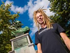 Zanger Ge Hannes uit Apeldoorn zet zichzelf op Zwarte Cross in de picture