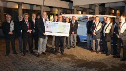 Snorrenclub schenkt 1.150 euro voor mugheli