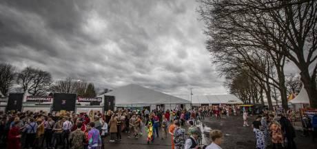 Burgemeester Dinkelland waarschuwt optochtcommissies voor slecht weer