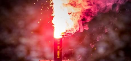 Jonge mannen bij De Lutte betrapt met bijna 1000 kilo illegaal vuurwerk