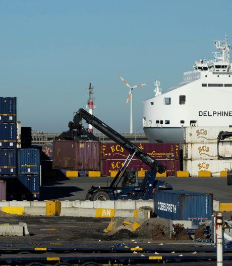 Transmigranten die gered werden in Zeebrugge zaten wellicht al uren in koelcontainer van 2 graden