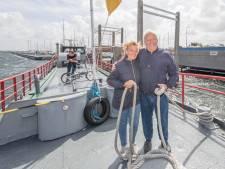 De pont tussen Kortgene en Wolphaartsdijk vaart weer; 'Dat scheelt een flink eind fietsen'