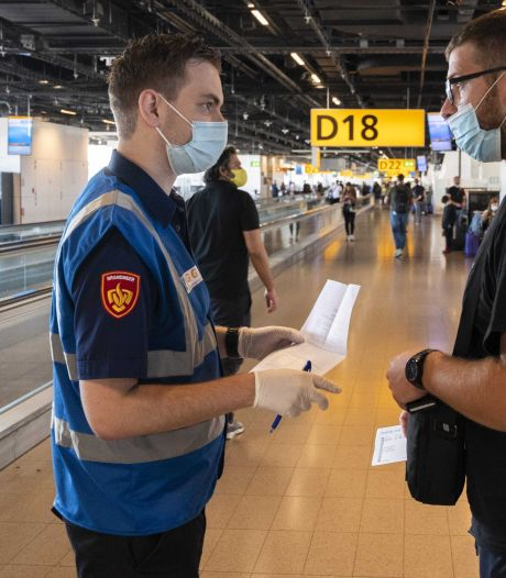 Reiziger uit risicoland krijgt geen thuiszitplicht