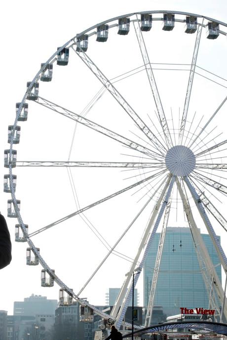 Verbod op grote zoomlens in Dinner Wheel tegen inkijk