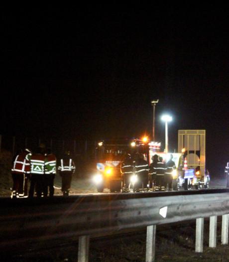 A12 bij Oosterbeek weer vrij na 'fors' ongeluk met gewonde
