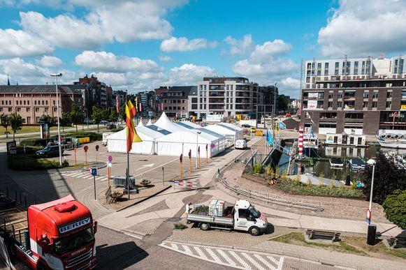 De Kanaalkom en de Molenpoort worden in de toekomst verweven tot één groot plein.