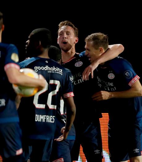 PSV houdt titelstrijd met Ajax spannend dankzij ruime zege in Tilburg