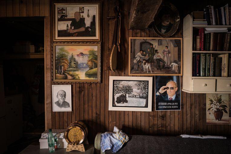 'Crimea pub' in Putinovo. Beeld