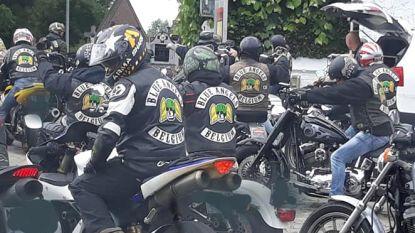 Veiligheidsdiensten ongerust dat motorbendes en neonazi's elkaar vinden