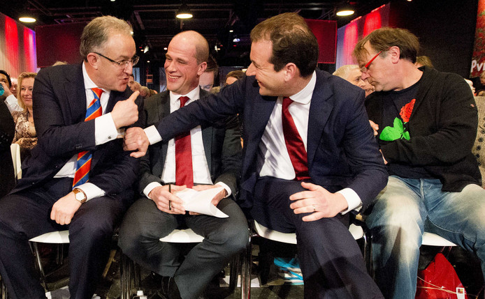 Vlnr: Ahmed Aboutaleb, Diederik Samsom en Lodewijk Asscher.