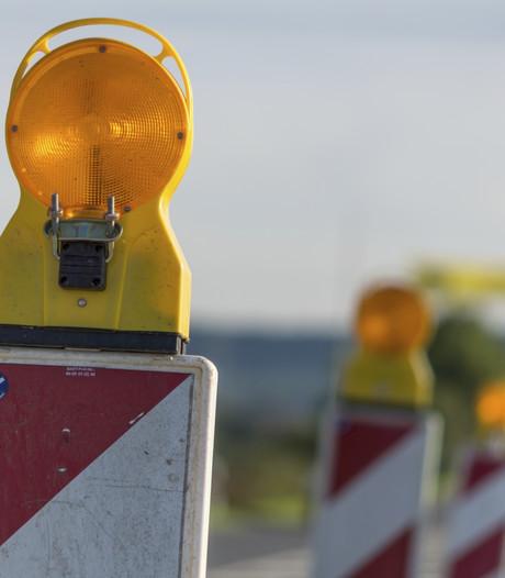 Politie controleert op sluiproute Zandsteenweg Oldenzaal