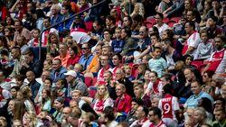 Ajax gaat strijd aan met lege stoelen op F-side: geen elf matchen bijgewoond? Geen abonnement meer volgend seizoen