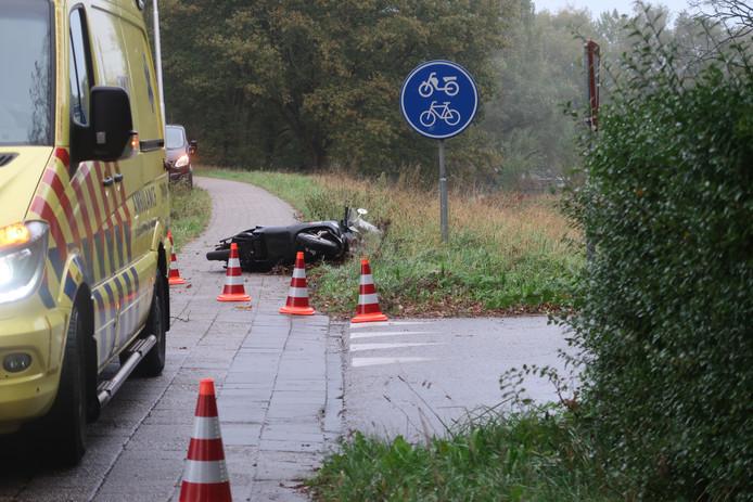 Een ambulance kwam ter plaatse om het slachtoffer te behandelen.