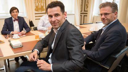 Waalse groenen pleiten voor 'klaproos-regering': minderheidskabinet PS-Ecolo met ministers uit middenveld