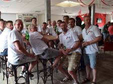 AZSV voetbal herenteam zet zich in voor ouderen
