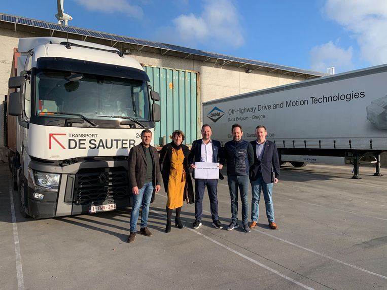 De werkbarometer van de stad Brugge toont het aan: er is nood aan meer vrachtwagenchauffeurs in Brugge.