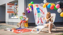 Lode viert achtste verjaardag met straatfeestje op veilige afstand