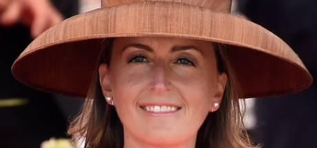 Twitteraars vergelijken hoed Belgische prinses met fruitschaal van Ikea
