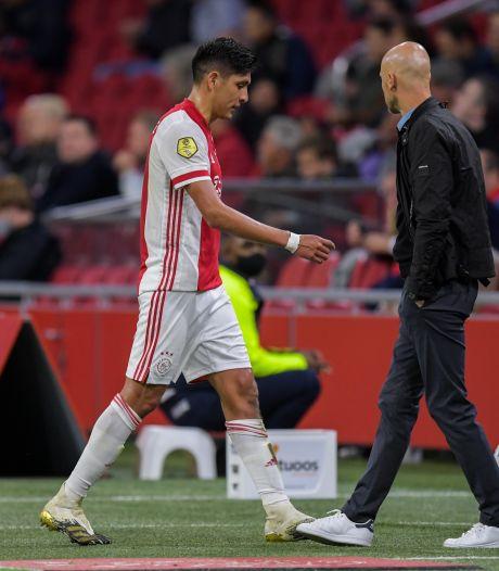 Ten Hag vindt Ajax te zwaar gestraft: 'Absoluut geen rode kaart'