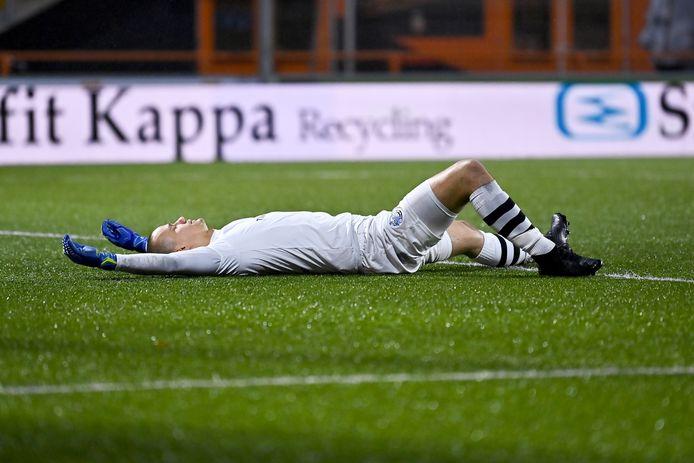 Doelman Wouter van der Steen moest tegen FC Volendam zes keer de bal uit het doel halen.