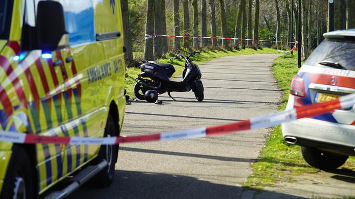 Een kind raakte dinsdagmiddag gewond bij een aanrijding met een scooter.