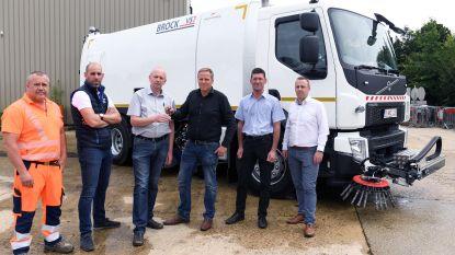 Gemeente Holsbeek neemt nieuwe veegwagen in gebruik